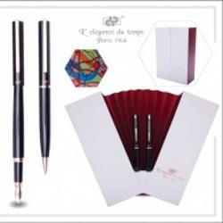 Set pix si stilou negru fildes + ESARFA de DAMA, accessorii roz gold, carcasa alb modelul acordeon cu interior rosu DPC-16-4571