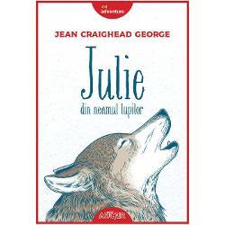 Carte finalist&259; la National Book Award categoria literatur&259; pentru copiiCum ar fi s&259; te treze&537;ti în mijlocul s&259;lb&259;ticiei arctice &537;i s&259; tr&259;ie&537;ti a&537;a cum poate nici n-ai îndr&259;znit s&259; î&539;i imaginezi vreodat&259; Ei bine Julie sau Miyax pe numele ei de eschimoas&259; se aventureaz&259; singur&259; prin inima Alask&259;i înfruntând gerul &537;i