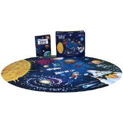 Porne&537;te într-o c&259;l&259;torie spa&539;ial&259; ca un adev&259;rat astronaut Cite&537;te cartea &537;i las&259;-&539;i imagina&539;ia s&259; zboare printre galaxii  Specifica&539;ii Pagini 32  Puzzle 210 piese M&259;rimi Cutie 27 x 23 Copert&259; Cutie