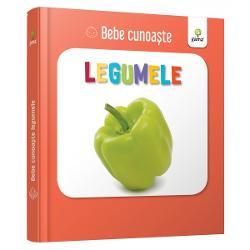 Util&259; pentru a-i înv&259;&539;a pe bebelu&537;i cuvinte noi cartea prezint&259; zece legume – câte o imagine pe fiecare pagin&259; Este cartonat&259; integral u&537;or de apucat &537;i rezistent&259; la r&259;sfoireSeria Bebe cunoa&537;te este dedicat&259; copiilor de vârst&259; mic&259; afla&539;i la primele interac&539;iuni cu cartea No&539;iunile sunt prezentate în perechi u&537;or de asociat în