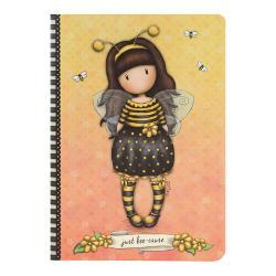 Caiet premium A5 Gorjuss Bee Loved -&160;contine 96 de pagini cu 2 tipuri diferite de pagini cu liniatura dictando cat si liniatura aritmetica Fiecare pagina dictando are o bordura de tip polka cu o albinuta in susul paginii iar cele de tip aritmetic sunt personalizate in partea din dreapta jos cu doua floricele iar paginile sunt portocaliiDimensiuni A5 145 x 21 x 4 cm