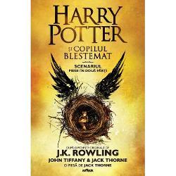 A OPTA POVESTE NOU&258;SPREZECE ANI MAI TÂRZIUBazat&259; pe o povestire nou&259; &537;i original&259; semnat&259; de JK Rowling John Tiffany &537;i Jack Thorne scenariul piesei Harry Potter &537;i copilul blestemat a ap&259;rut initial ca edi&539;ie special a repeti&539;iei cu public în paralel cu premiera mondial&259; care a avut loc la un teatru londonez din West End în vara lui 2016 Piesa a fost