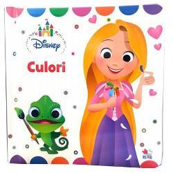 Aceast&259; &238;nc&226;nt&259;toare carte deschide o lume distractiv&259; de &238;nv&259;&539;are a culorilor Cei mici pot &238;nv&259;&539;a despre culori cu ajutorul personajelor lor preferate Disney Cartonul robust &537;i coperta c&259;ptu&537;it&259; moale fac ca aceast&259; carte s&259; fie perfect&259; pentru m&226;inile celor mici