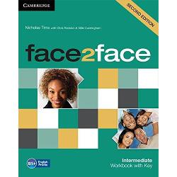face2face Second edition is the flexible easy-to-teach course for busy teachers who want to get their adult and young adult learners to speak and listen with confidence face2face Second edition vocabulary selection is informed by Cambridge English Corpus as well as the English Vocabulary Profile meaning students learn the language they really need at each CEFR level The Intermdiate Level Workbook with Key offers additional consolidation activities as well as a Reading and Writing