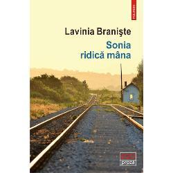 """""""Lavinia Brani&537;te nume de vîrf din noul val revine cu un roman extraordinar Cartea exploreaz&259; trecutul comunist plecînd de la un scenariu de film despre Zoia Ceau&537;escu dar investigheaz&259; &537;i labirinturile geografice ale României – acele zone obscure &537;i ambigue care apar pe hart&259; doar în preajma alegerilor electoraleSonia ridic&259; mînapleac&259; în c&259;utarea comunismului pierdut"""