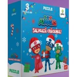 """Colec&539;ia""""Puzzle cu PJ MASKS"""" -Al&259;turi de PJ MASKS Cr&259;ciunul este mai distractiv În noua colec&539;ie Puzzle-uri cu PJ MASKS ve&539;i reg&259;si dou&259; titluri noi cu tematic&259; de S&259;rb&259;tori pentru ca cei mici s&259; descopere magia Cr&259;ciunului al&259;turi de cei mai curajo&537;i eroi PJ MASKS Fiecare cutie con&539;ine 3 puzzle-uri cu piese mari &537;i"""