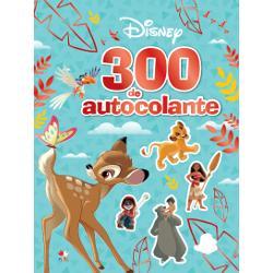 Întâlne&537;te-i pe Coco Vaiana Dumbo Mowgli &537;i pe al&539;i eroi prefera&539;i Disney &537;i Pixar în aceast&259; carte minunat&259; Distreaz&259;-te dând via&539;&259; scenelor incredibile cu ajutorul celor 300 de autocolante &537;i imagineaz&259;-&539;i c&259; porne&537;ti în cea mai palpitant&259; aventur&259;