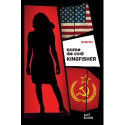 CINE ÎL CONTROLEAZ&258; PE CEL MAI PUTERNIC OM AL LUMIINumele ei de cod este Kingfisher Misiunea ei s&259;-l seduc&259; &537;i s&259; se c&259;s&259;toreasc&259; cu un b&259;rbat bogat &537;i cu influen&539;&259; în lumea politic&259; Acum ea trebuie s&259; apere un secret terifiantOctombrie 2016 În America alegerile sunt la câteva s&259;pt&259;mâni distan&539;&259; Jurnalista Grace Elliott a pus mâna pe un