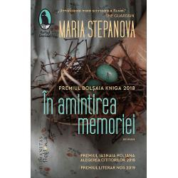RomanulÎn amintirea memorieia fost distins în 2018 cu Premiul Bol&537;aia Kniga propulsând-o pe Maria Stepanova în rândul marilor prozatori ru&537;i actuali Reu&537;ind s&259; cuprind&259; diferitele forme – fic&539;iune eseumemoir jurnal de c&259;l&259;torie documente istorice – într-o vast&259; panoram&259; a ideilor &537;i personalit&259;&539;ilor Stepanova proiecteaz&259; cu precizie
