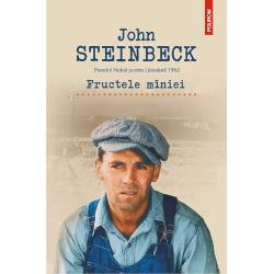 Traducere din limba engleza si note de Dumitru Mazilu In momentul aparitiei romanului Fructele miniei in 1939 America se lupta cu efectele Marii Crize Financiare Personajele puse in scena de John Steinbeck o familie scapatata din Oklahoma nu au alta solutie decit sa-si lase in urma ferma si sa ia drumul pribegiei alaturi de citeva animale strinse intr-o masina hirbuita Un adevarat drum al fagaduintei calea spre California este calea sperantei pe care familia Joad o apuca impinsa de