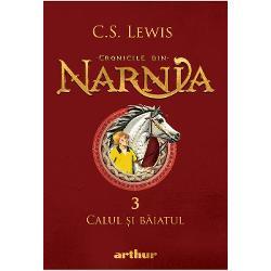 În noaptea în care Shasta afl&259; c&259; nu e fiul pescarului Arsheesh &351;i c&259; acesta vrea s&259;-l vând&259; ca sclav se hot&259;r&259;&351;te s&259; fug&259; din Calormen împreun&259; cu Bree Calul Vorbitor În drum spre miaz&259;noapte spre Narnia se întov&259;r&259;&351;esc cu Aravis &351;i cu Hwin fugare &351;i ele  Când trec prin