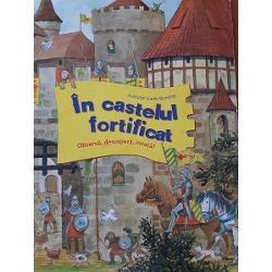 • Pentru micii cavaleri in devenire• Ilustratii color pline de umor• modalitate ludico-educativa de imbogatire a vocabularului• Cu multe detalii care asteapta sa fie descoperite