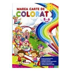 Stim cu totii ca una dintre activitatile cele mai indragite de copii indeosebi la nivel prescolar este coloratul Iar atunci cand colorand incepi sa cunosti lumea inconjuratoare cu toate nuantele fenomenele si vietuitoarele ei invatatul devine o joaca Marea carte de colorat pentru 5-6 ani isi propune chiar acest lucru; conceputa in conformitate cu programa pentru invatamant prescolar ofera in cele 112 pagini care o alcatuiesc activitati pe domenii experientiale si minunate