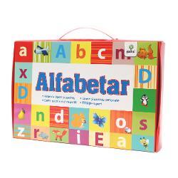 """Gentu&539;a""""Alfabetar""""este destinat&259; pre&537;colarilor &537;i elevilor din clasa I care doresc s&259; exerseze atât formarea cuvintelor &537;i propozi&539;iilor cât &537;i cititulPachetul con&539;ine• poster cu alfabetul;• poster cu cuvinte din 2-5 litere pentru exersarea cititului;• coli&539;e cu litere mari &537;i mici de tipar pentru"""