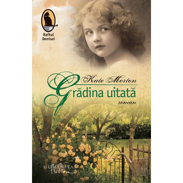 Gr&259;dina uitat&259; cel de-al doilea roman al lui Kate Morton egaleaz&259; succesul interna&355;ional al c&259;r&355;ii sale de debutCasa de la Riverton devenind în 2008 mai întâi bestseller în Australia apoi bestseller Sunday Times în Marea Britanie &351;i bestseller New York Times în SUA În anul 2009 a fost recompensat cu General Fiction Book of the Year în