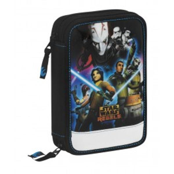 Penarul Star Wars Rebels este dublu echipat se inchide cu fermoar si este utilat cu toate instrumentele de scris necesare scolaruluiPenarul contine 16 markere 12 creioane colorate 1 rigla 1 creion HB 1 pix cu mina albastra 1 ascutitoare 1 foarfeca 1 radieraDimensiuni135x205x45 cmVarsta3p stylecolor 646464;