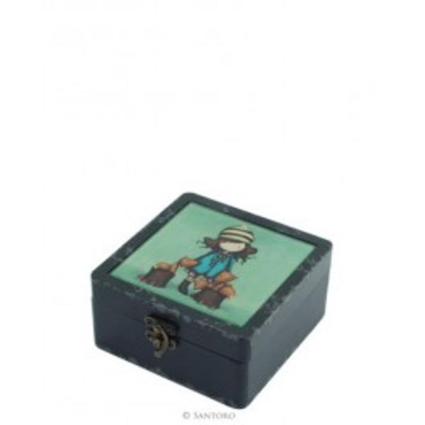 Gorjuss cutie mica din lemnsi ceramica The FoxesP&259;stra&539;i bunurile dumneavoastr&259; pre&539;ioase în aceast&259; caset&259; minunataO cutie frumoasa de culoare neagra cu un finisaj încânt&259;tor de&539;ine o placa ceramica pe fata capaculuispan