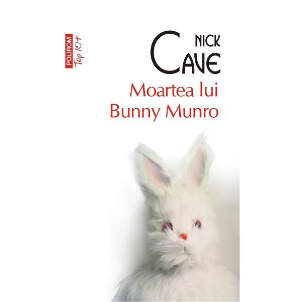 Bunny Munro un comis-voiajor de produse cosmetice obsedat de sex &351;i fascinat de pantalonii scur&355;i aurii ai lui Kylie Minogue încearc&259; s&259; fac&259; fa&355;&259; unei realit&259;&355;i în destr&259;mare Dup&259; sinuciderea so&355;iei sale eroul romanului î&351;i ia fiul un b&259;ie&355;el care îl idolatrizeaz&259; &351;i porne&351;te împreun&259; cu el pe traseul comercial &351;i în acela&351;i timp erotic