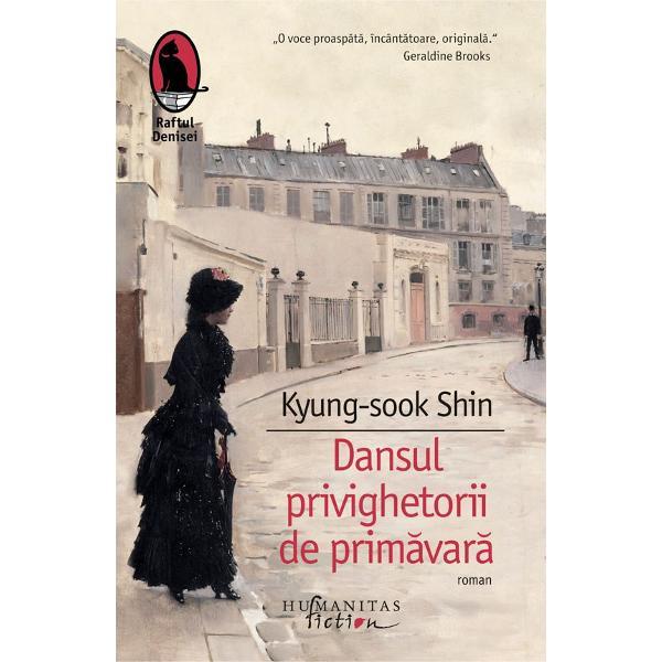 Dansul privighetorii de prim&259;var&259;este o minu&539;ioas&259; cronic&259; a crepusculului unei lumi &537;i o melancolic&259; poveste de dragoste Plecând de la un am&259;nunt istoric real Kyung-sook Shin construie&537;te odiseea tinerei Yi Jin care aminte&537;te deMemoriile unei ghei&537;e Romanul al cincilea semnat de Kyung-sook Shin singura femeie c&259;reia i s-a