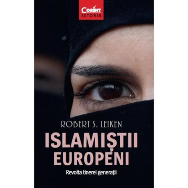 Robert S Leiken urm&259;re&537;te destinele primei genera&539;ii de imigran&539;i musulmani dar &537;i angoasele urma&537;ilor lor Pornind nara&539;iunea din îndep&259;rtatele sate ale Orientului Mijlociu prin intermediul personajelor sale autorul ne aduce în prezent în capitalele Europei Occidentale cu ghetourile &537;i cartierele lor populate de imigran&539;i Cartea ne ajut&259; s&259; p&259;trundem în cotidianul islami&537;tilor s&259;