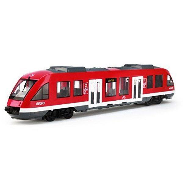 C&259;l&259;tore&351;te cu Dickie City Train Cu acesta po&355;i merge zilnic la &351;coal&259; sau la lucru s&259; te întorci acas&259; dar po&355;i fi acela care conduce acest vehicul minunat Opre&351;te-te în sta&355;ii deschide u&351;a ca pasagerii s&259; pot coborî &351;i urca apoi continu&259; drumul U&351;ile po&355;i deschide cu ajutorul roti&355;elor Lungimea trenului 45 cm dimensiuni de