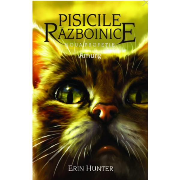 Un nou episod din universul fantastic al Pisicilor R&259;zboiniceCartea a XI-a descrie cum decurge via&539;a clanurilor de pisici dup&259; ce se instaleaz&259; pe noile teritorii de pe malul laculuiSeria NOUA PROFE&538;IE surprinde destinul celei mai tinere genera&539;ii de pisici urma&537;ii r&259;zboinicilor din primele &537;ase c&259;r&539;i Dou&259;-Picioare – a&537;a cum sunt supranumi&539;i oamenii – au distrus p&259;durea în care