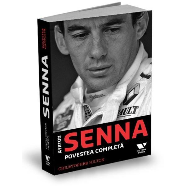Christopher Hilton pune cap la cap &537;i aduce la zi patru dintre titlurile sale anterioare dedicate legendarului pilotEl relateaz&259; întreaga poveste a lui Senna de la copil&259;ria îmbel&537;ugat&259; din Brazilia pân&259; la accidentul fatal din 1994Este o istorie cuprinz&259;toare în ritm alert a unei vie&355;i extraordinare care se adreseaz&259; atât publicului larg cât &351;i fanilor lui