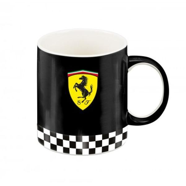 Cana Ferrari neagra 100  portelan pentru un cadou unicAceasta cana este potrivita pentru un cadou atat pentru un coleg sau sef de la birou cat si pentru cei dragi tata frate sot iubit sau copilCana Ferrari rosie este realizata 100  din portelan de cea mai buna calitate Este realizata in conformitate cu normele europene Cana este frumos decorata in nuante de rosu negru si galben Exteriorul canii este integral negru avand si logo-ul Ferrari iar