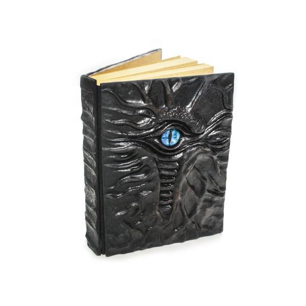 Agenda DRAGON EYE 14 x 195 cm 200 file hartie pergament coperta 3D ipsos ambalare cutie cadou