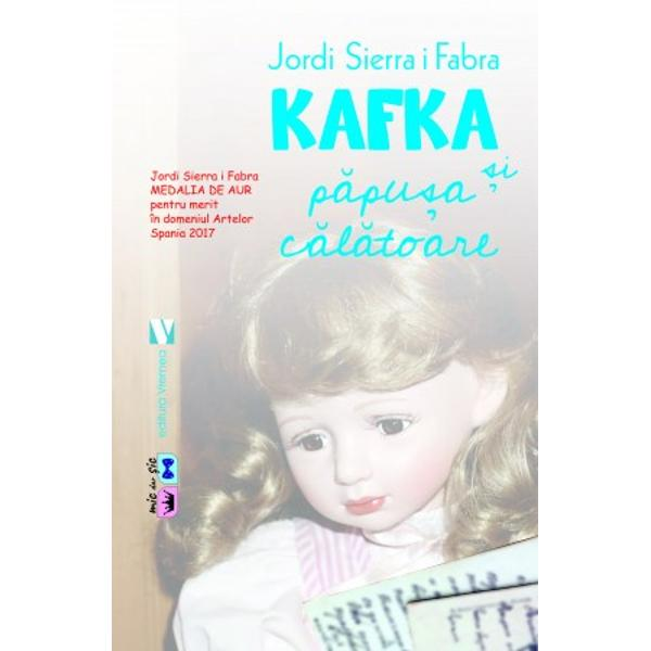 """Într-o diminea&539;&259; însorit&259; în timp ce se plimba prin Parcul Steglitz din Berlin Franz Kafka a întâlnit o feti&539;&259; care plângea F&259;r&259; s&259; &537;tie de ce plânsul ei l-a durut atât de tare încât trebuia s&259; afle de ce O chema Elsi &537;i î&537;i pierduse p&259;pu&537;a pe draga ei Brigida """"Dar p&259;pu&537;a ta nu s-a pierdut a plecat într-o c&259;l&259;torie"""