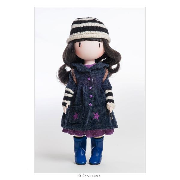 This sweet doll is an exquisite 3D recreation of the original Toadstools artwork complete with lifelike flowing hair delicate hands intoed stance and striped tightsIncludes knitted hat knitted arm warmers warm coat with pretty buttons frilled dress striped tights blue boots and printed backpackDeveloped and produced in Spain by highly skilled craftspeopleMade from soft vinyl with articulated limbsDelicately fragranced with rose & honeysuckle
