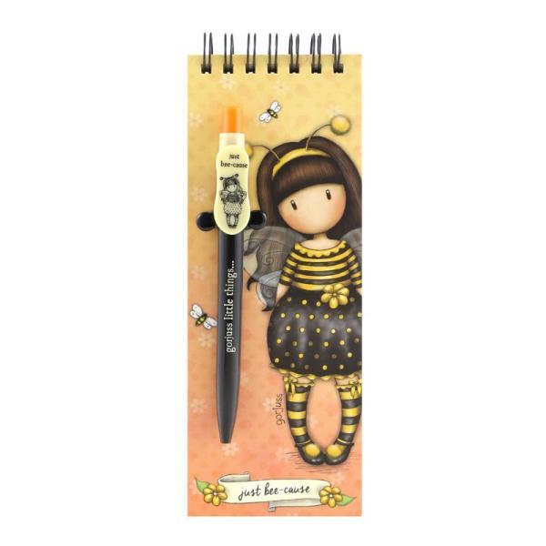 Carnet cu pix Gorjuss Bee Loved - un mod practic si inedit de a avea cu tine cele mai frumoase fetite din lumea Gorjuss&160;Carnetelul are 160 pagini galben pal&160;liniate si prinse intr-o spira in partea de sus Pe fiecare foaie regasim albinute in partea de sus si pe Bee-Loved in partea de josPixul este retractabil si are mina neagraDimensiuni 195 x 7cm