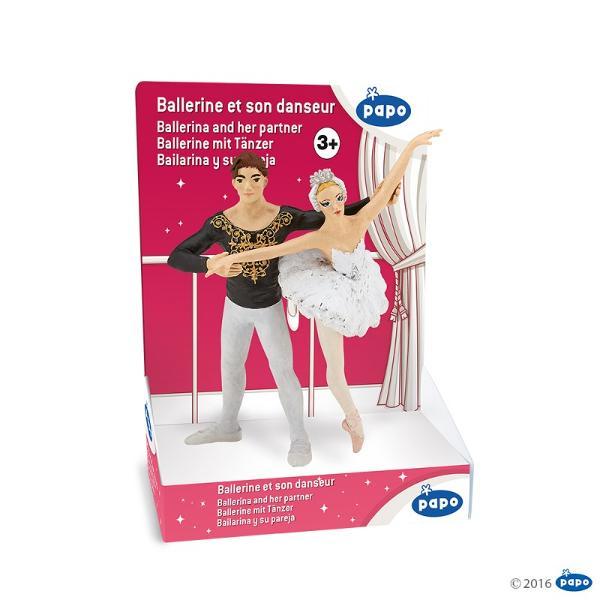 Balerinapartener - Figurina PapoBalerinapartener - Figurina Papo este o jucarie realizata manual excelent pictata si poate fi colectionata de catre copii sau adaugata la seturile de joaca cum ar fi personaje de basm si legendaetcDimensiune15x15x15 cm
