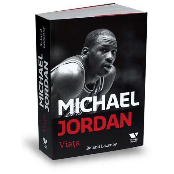 Gra&539;ie rela&539;iilor pe care le-a construit în timp cu antrenorii lui Jordan a nenum&259;ratelor cronici în care a consemnat activitatea sportivului atât din timpul perioadei în care a activat la juniori cât &537;i dup&259; ce a trecut la baschetul profesionist a sutelor de interviuri cu prietenii coechipierii &537;i rudele lui Michael Jordan Roland Lazenby a reu&537;it s&259; scrie un adev&259;rat studiu despre