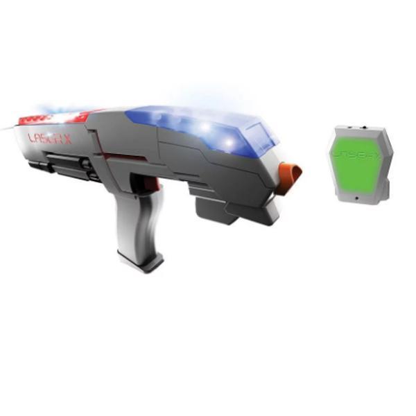 Laser X reprezinta o experienta cu totul noua si interesanta in materie de jocuri E ca si cand ai avea propria arena la tine acasa Laser X imbina tehnologia cu cele mai noi lucruri in materie de soft astfel ca jucatorii pot sa tinteasca usorVesta are un receiver special care tine scorul Dupa ce ai fost lovit de 10 ori ai fost eliminatLaser X poate fi jucat fie pe echipe fie poate fi setat pe modul rogue unde fiecare jucator e pe cont propriu Partea interesanta a