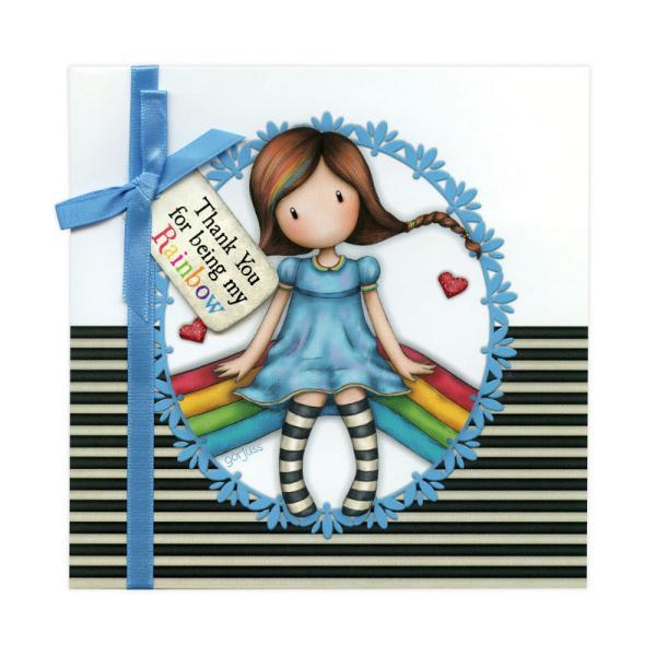 Felicitare Gorjuss Thank You For Being My Rainbow reprezinta un mod minunat de a-ti surprinde persoanele dragi fie ca vorbim de familie prieteni sau chiar colegi de munca Micuta fetita Gorjuss este prezentata pe felicitare intr-un mod cu totul deosebit Inconjurata de un cadru bleu pe un fundal cu dungi monocrome fetita Rainbow Heaven este gata sa transmita o stare de buna-dispozitie tuturor celor care o privescDesign-ul minunat al felicitarii Gorjuss Thank You For Being My
