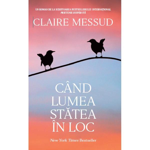 """În acest roman unanim aclamat al autoarei Claire Messud via&355;a estedeparte de a&351;tept&259;rile surorilor Emmy &351;i Virginia Simpson Când c&259;snicialui Emmy cu so&355;ul australian se sfâr&351;e&351;te ea î&351;i abandoneaz&259; locuin&355;adin Sydney pentru paradisul tropical din Bali într-o încercare de a se""""în&355;elege &351;i de a se reg&259;si pe sine îns&259; ajunge în"""