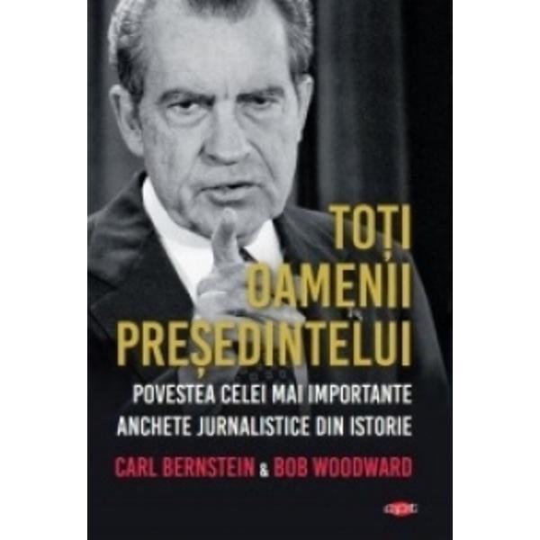 Cea mai devastatoare dram&259; politic&259; &537;i detectivistic&259; a secolului doi reporteri de la Washington Post a c&259;ror investiga&539;ie genial&259; câ&537;tig&259;toare a Premiului Pulitzer a declan&537;at scandalul Watergate ne povestesc evenimentele din spatele u&537;ilor închise a&537;a cum s-au întâmplat Aceasta este cartea care a schimbat America Publicat&259; cu doar câteva luni înainte de demisia pre&537;edintelui