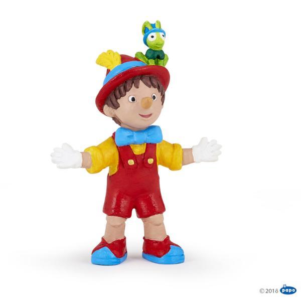 Figurina Papo-Pinochio Figurina Pinochio aduce in universul copiiilor un personaj foarte indragit O jucarie indragita de copiifigurina Pinochio atrage prin culorile sale vii Dimensiuneh 85 cm Recomandat 3 ani