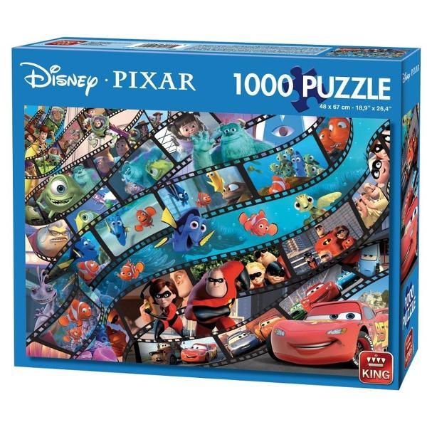 Puzzle 1000 piese Pixar MovieRezolvarea puzzle-urilor reprezinta o activitate relaxanta De asemenea iti dezvolta aptitudinileMaterialele folosite sunt de cea mai buna calitateCaracteristiciNumar piese 1000 Material Carton  Dimensiune puzzle 67 x 48 cm Dimensiune cutie 28 x 22 cm Varsta recomandata 5 aniAtentionare Produsul este contraindicat copiilor sub varsta de 3 ani deoarece poate contine piese mici care pot fi inghitite sau inhalate existand pericolul de sufocare