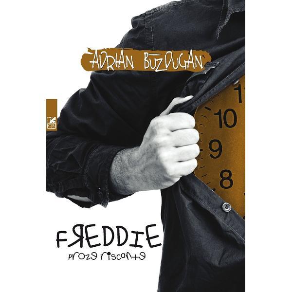 Freddie cu ghetele mai mici decât piciorul &537;i cu un maiou de corp vine spre contemporaneitate dintr-o epoc&259; întunecat&259; privind fix spre bizarele noastre f&259;pturi O existen&539;&259; deformat&259; o realitate inversat&259; aproape ireal&259; Un trecut auster cu întinse câmpii de noroi cu viziuni care par mai aproape de un paradis SF cu genii care nu foloseau aproape la nimic într-o societate ermetic&259; cu