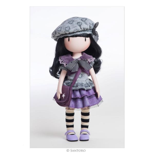 This stylish doll is an exquisite 3D recreation of the original Little Violet artwork complete with lifelike flowing hair delicate hands intoed stance and striped socksIncludes beret corduroy jacket knitted top fluted skirt frilled knickers striped socks lilac Mary Janes and star printed saddle bagDeveloped and produced in Spain by highly skilled craftspeopleMade from soft vinyl with articulated limbsDelicately fragranced with rose &