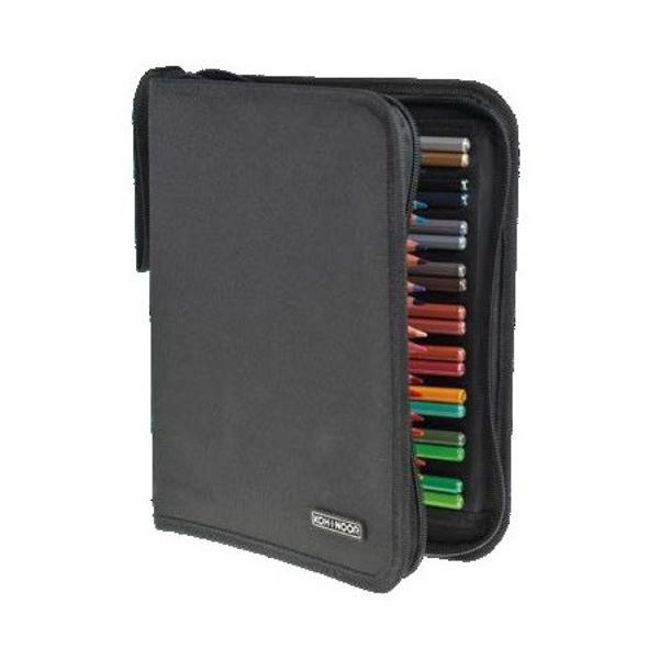 Penarul textil culoare negru are 2 extensii la interior care fixate OBLIC cu ajutotul ariciului ofera o accesare mai usoara a continutului acestuiaCapacitatea acestuia este de 18 creioane Jumbo sau 36 creioane clasiceNu este echipat - fotografiile sunt cu titlu exemplificativ
