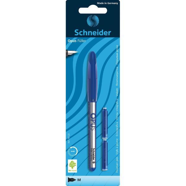Stilou Schneider Opus cu corp argintiu &537;i cu extremit&259;&539;i în trei variante de culoare albastru ro&537;u sau negruPeni&539;a stiloului este din o&539;el inoxidabilZon&259; de prindere cu man&537;on ergonomicFunc&539;ioneaz&259; cu patron standard de cerneal&259;Potrivite atât pentru dreptaci cât &537;i pentru stângaciDetalii stilou  2 rezerve