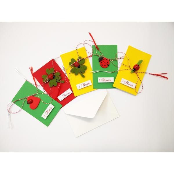 Martisoare confectionate manual din accesorii pentru creatieDisponibile in modele diferiteFiecare martisor are snur si plic
