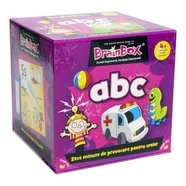 Joc educativ Brainbox ABCUsor si distractiv BrainBox ABC este destinat copiilor care vor sa invete alfabetul ajutand la imbunatatirea spiritului de observatie si a capacitatii de memorare fiind un prim pas in formarea micilor cititoriFiecare cartonas prezinta cate o litera a alfabetului atat in format de tipar cat si de mana precum si cele mai intalnite grupuri de litere Dezvoltat in colaborare cu un profesor experimentat acest joc reprezinta o metoda de invatare