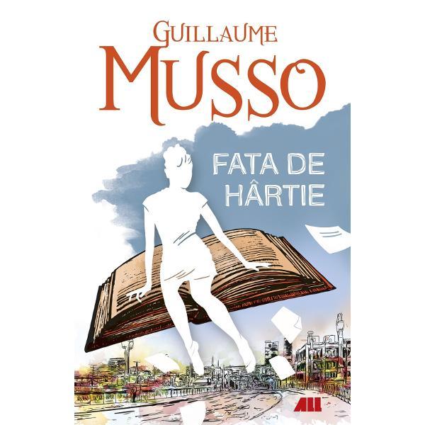 """Bestseller interna&539;ionalGuillaume Musso """"romancierul preferat al Fran&539;ei"""" Lefigarofr prezint&259; o poveste exploziv&259; &351;i plin&259; de umor care sfideaz&259; orice scenariu previzibil încercând s&259; r&259;spund&259; la întrebarea """"Fic&539;iunea are puterea s&259; influen&539;eze via&539;a real&259;""""Tom Boyd este un scriitor celebru aflat în"""