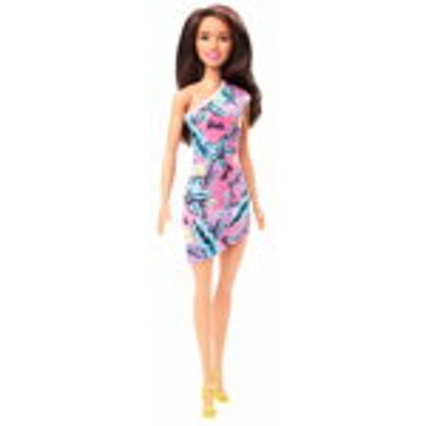 Papusa Barbie este mereu la moda cu tinute cool cu printuri deoasebite si cei mai fabulosi pantofi Stilul papusilor Barbie iese in evidenta oricand si oriunde Papusa Barbie este pregatita pentru o noua poveste avand tot timpul o tinuta potrivita Cu Barbie poti fi orice iti doresti Include papusa Barbie cu o tinuta si pantofiAtentieContraindicat copiilor mai mici de 3 aniJucariaprodusul poate contine piese mici care se pot inghiti