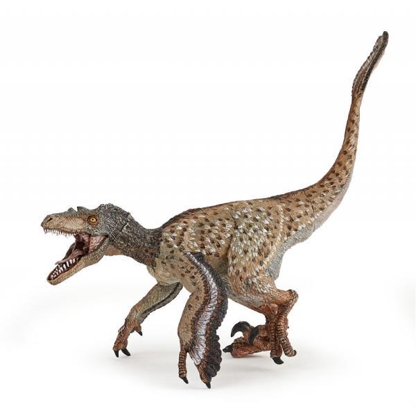 Ce poate fi mai frumos decat sa explorezi varietatea speciilor de animale si pasari existente pe Terra inca din cele mai vechi timpuri Acum iti poti imbogati cunostintele intr-un mod interactiv prin intermediul figurinelor licentiate PapoFigurina Papo-Velociraptor cu peneneste o jucarie pictata manual care atrage prin detaliile care redau infatisarea animalului viuVelociraptorul a fost un