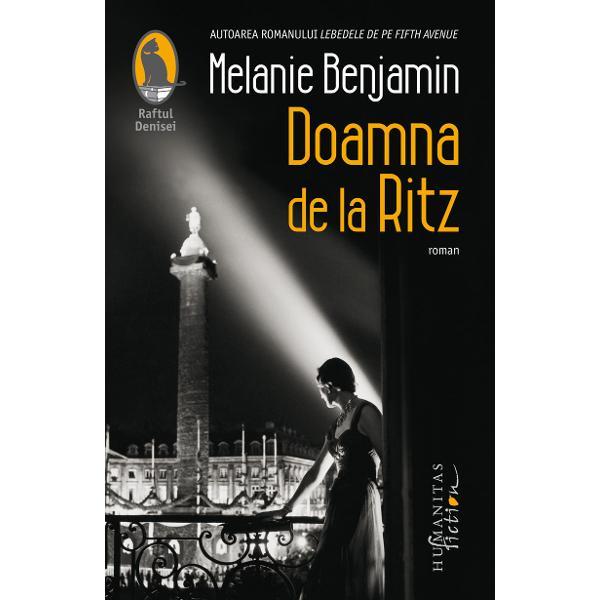 Un roman captivant bazat pe extraordinara poveste real&259; a unei americance c&259;s&259;torite cu directorul de la Ritz Blanche Auzello implicat&259; în lupta clandestin&259; a Rezisten&539;ei franceze în timp ce juca rolul de gazd&259; primitoare pentru nem&539;ii care î&537;i stabiliser&259; cartierul general din Paris în somptuosul hotelSimbol al luxului &537;i elegan&539;ei hotelul Ritz din Paris atrage o pleiad&259; de